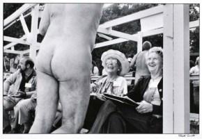 Fotografia: Elliott Erwitt, il maestro dell'ironia quotidiana
